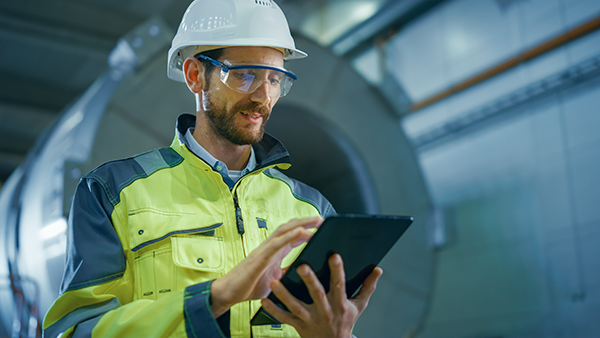 The Connected Frontline Worker: A Key Initiative in your Digital Transformation Strategy
